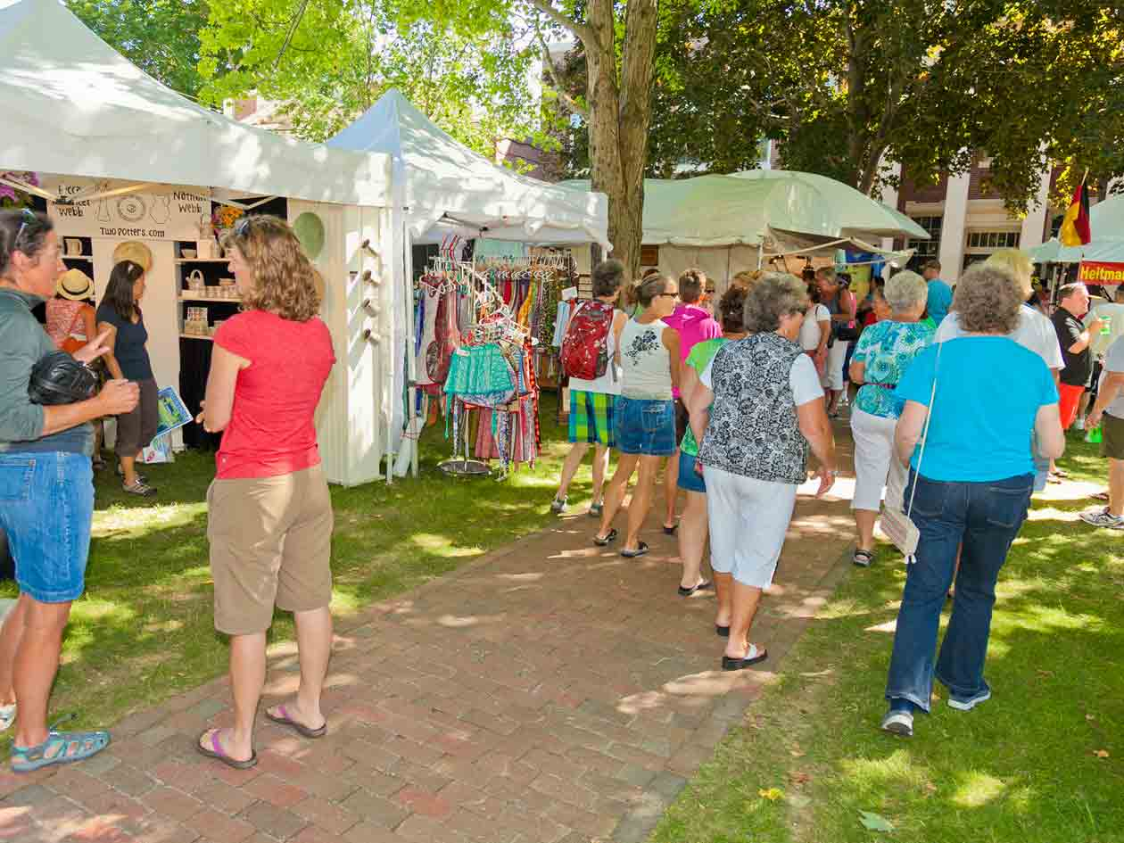 Arts & Crafts | Yarmouth Clam Festival - A Maine Summertime